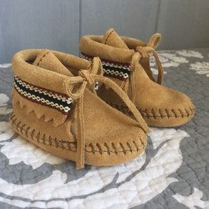 Minnetonka Tan Leather Suede Moccasins Baby Mocs
